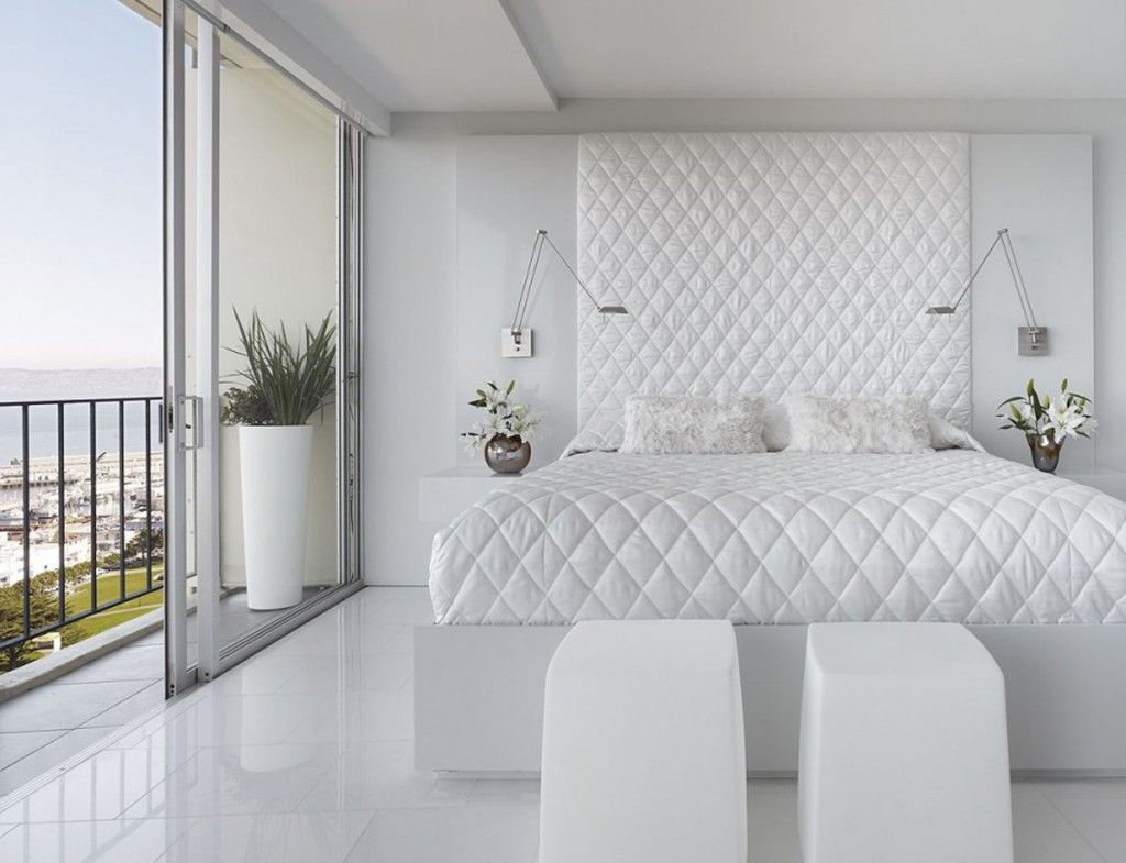white space bed room